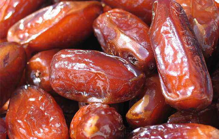 dates_healthy_heart
